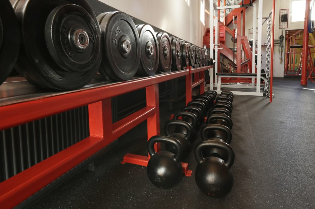 Why You Should Incorporate Weight Lifting into Your Workout Routine
